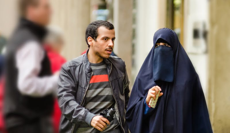 ISIS Member Unsure About Bringing Al-Qaeda Girlfriend Home for the Holidays - The Mideast Beast