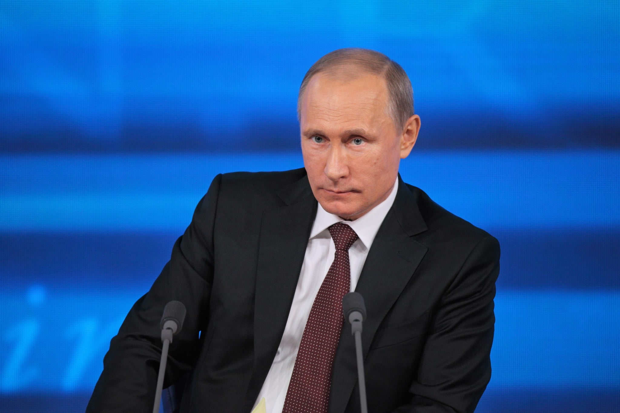 In Blow To Obama Putin Enacts Tougher Gun Laws In U S The Mideast Beast
