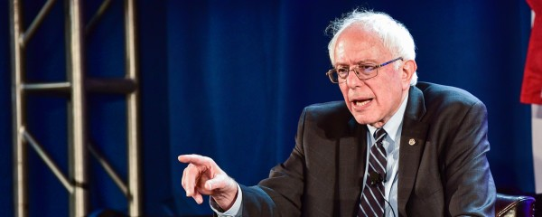 Sanders Vows to Break Up 'Too Big to Fail' Countries