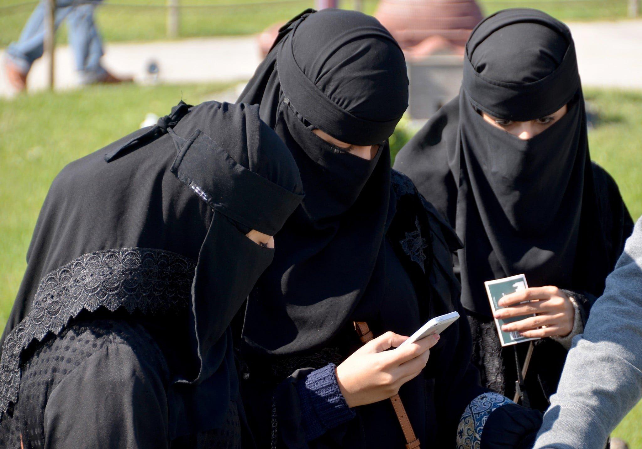 Bbw arab women from yemen - 1 part 5
