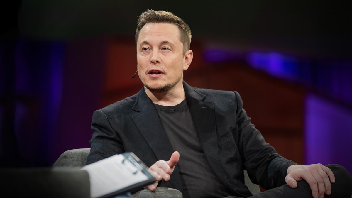 Elon Musk Reveals Plan to Move Middle East to Mars