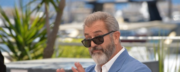 Mel Gibson Transitions in Aim to Become 'Miss Hitler 2020'