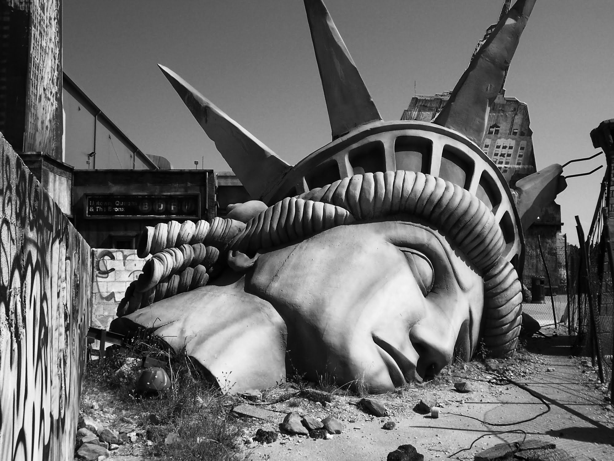 "Breaking: ""Racist Statue of Liberty"" to be Dismantled, Returned to France -  The Mideast Beast"
